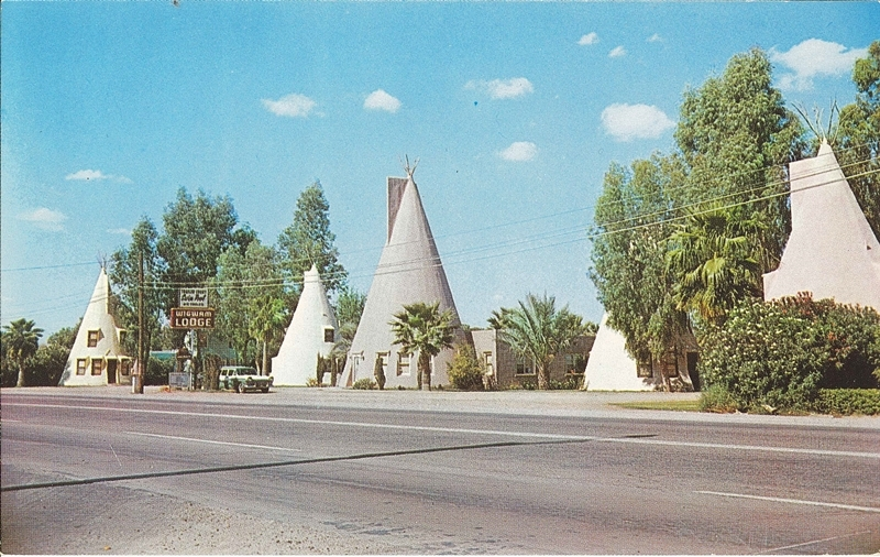 Postcard of Wigwam Lodge